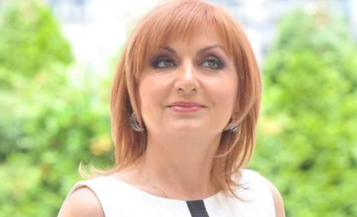 Elena Laslean recomanda combinatia alb-negru