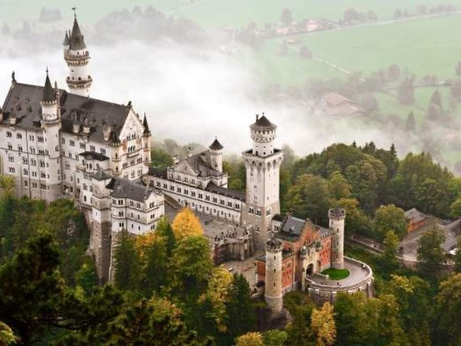 Top 10 cele mai fascinante castele din lume