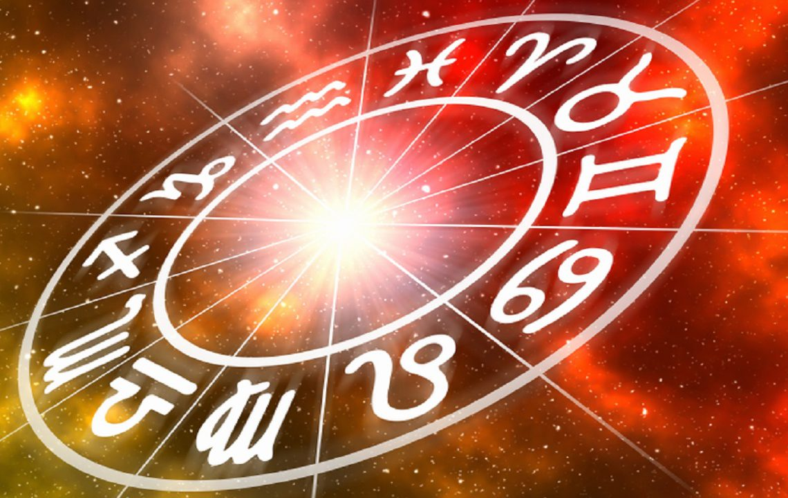Horoscop de weekend, ce spun astrele