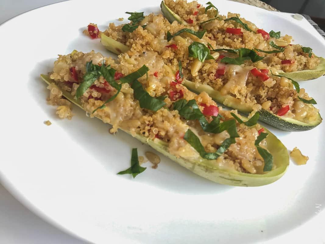 Quinoa cu dovlecei si ceapa verde